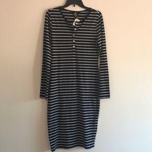 Ampersand Avenue Black & White Striped Dress, L